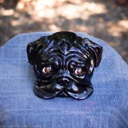 bookshelf pug statue black (7 of 9)