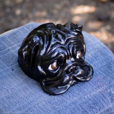 bookshelf pug statue black (9 of 9)